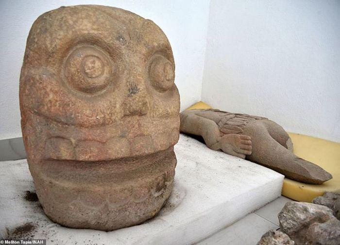 Археологи обнаружили храм бога, во славу которого с людей сдирали кожу Археология, История, Ацтеки, Раскопки