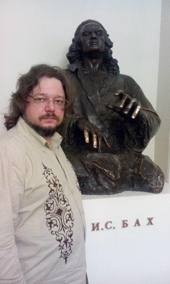 Бард скончался в больнице Санкт-Петербурга. Врачи, Александровская больница, Санкт-Петербург, Пневмония, Некролог
