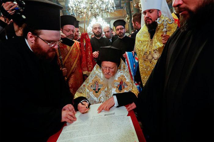 Украина опять получила независимость. Да сколько ж можно? Украина, Церковь, Томос, Политика, Livejournal, Независимость, Длиннопост