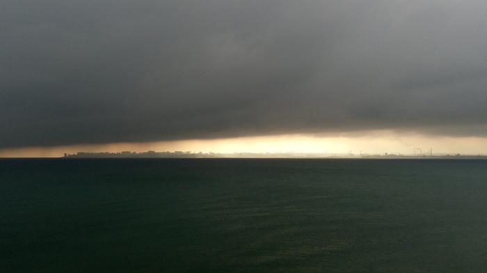 Сегодня мой город выглядит весьма апокалиптически. Фотография, Одесса, Пляж