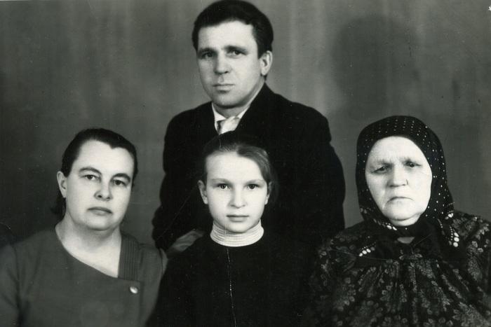 Колоризация старого фото. Год 1968. Колоризация, Photoshop, Старое фото