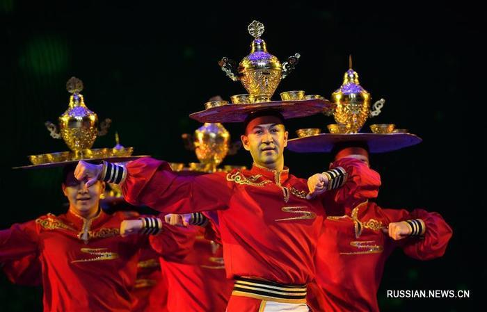 Церемония вручения китайской танцевальной премии «Лотос» прошла в Хайкоу. Китай, Искусство, Фотография, Длиннопост