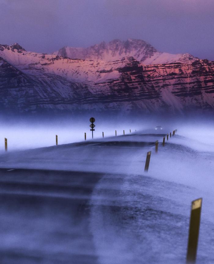 И снова дорога в Исландии Фотография, Исландия, Дорога, Горы, Снег, Метель, Позёмка