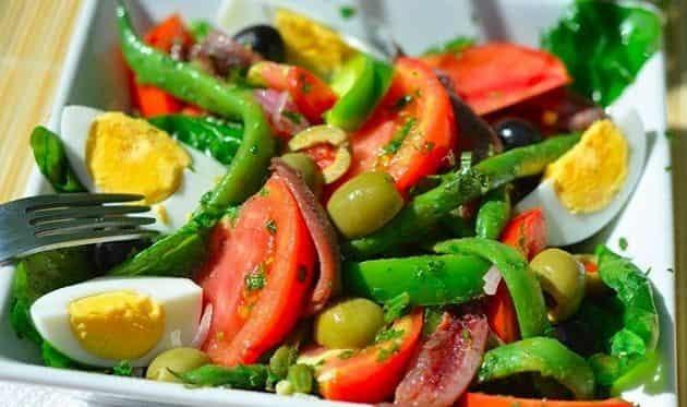 Пару салатиков для ПП с тунцом - пару кило за месячишко Салат, Правильное питание, Салат с тунцом, Похудение, Диета, Диетический салат, Рецепт, Видео рецепт, Видео, Длиннопост
