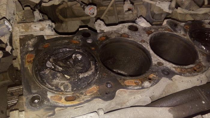 Из-за клина помпы попал на новый двигатель. Ремень ГРМ, Последствия, Двигатель, Машина, Поломка, Видео