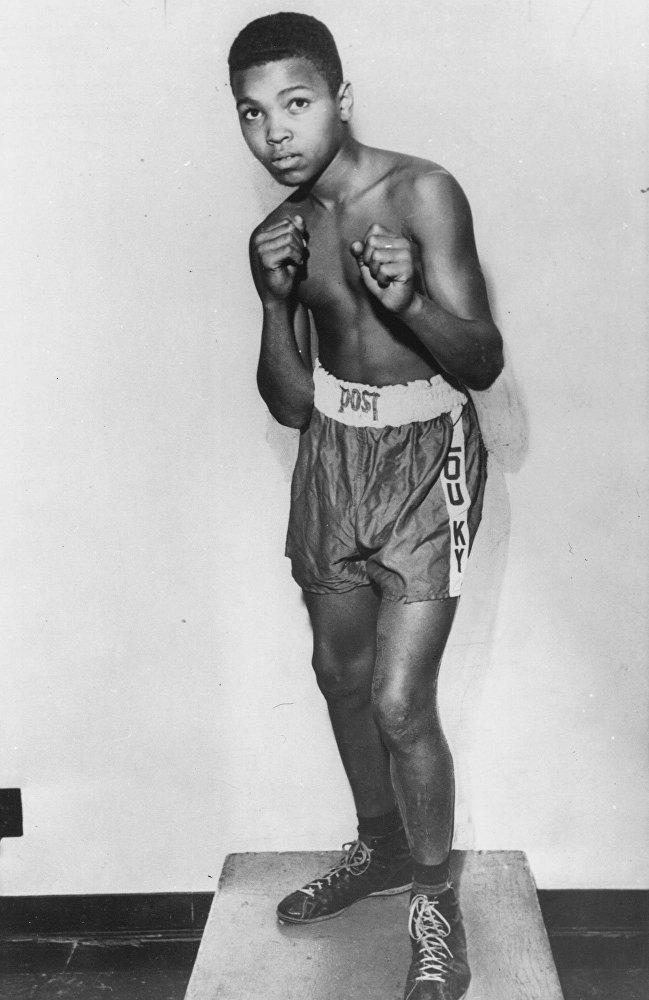 День рождения Мохаммеда Али. Бокс, Мохаммед Али, Чемпион мира, Длиннопост