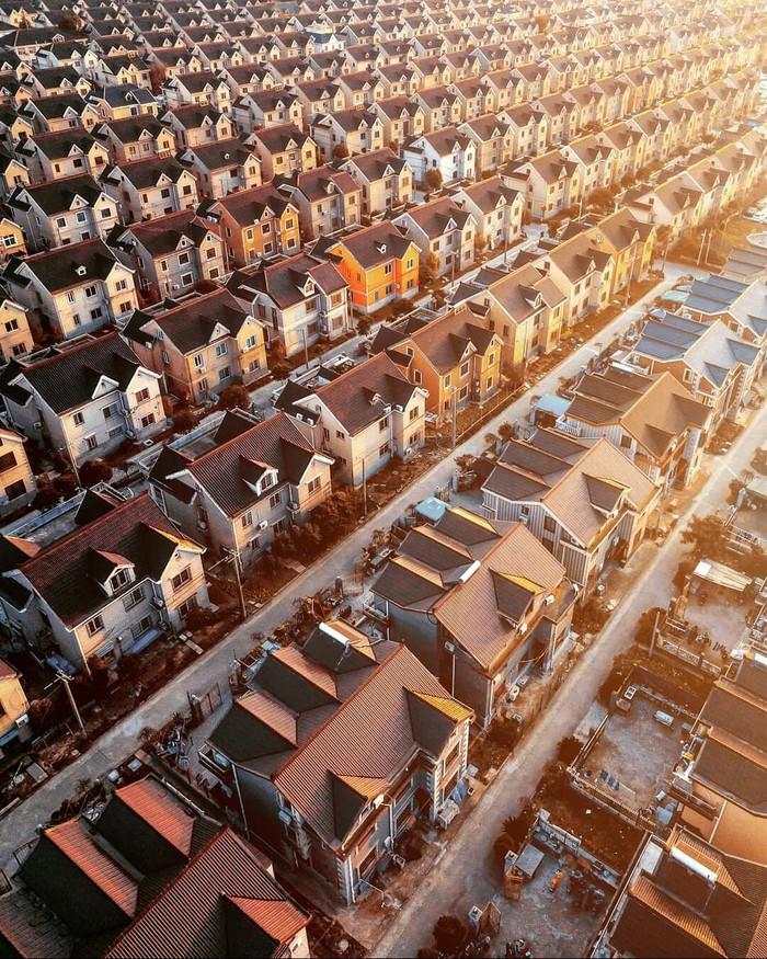 Однотипные дома в Шанхае, Китай