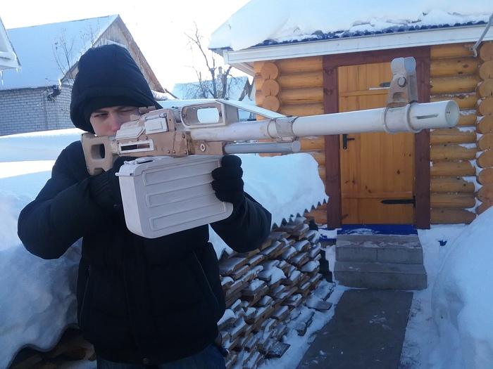 Всем привет , меня зовут Дмитрий Тумановский, я занимаюсь изготовлением  макетов оружия из таких материалов, как: мдф, фанера и пластик Рукоделие с процессом, Оружие, Видео, Длиннопост