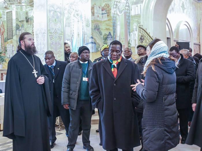 Делегация президента Зимбабве в Всехсвятском соборе Зимбабве, Делегация, Собор, Православие, Беларусь, Минск, Длиннопост, Президент