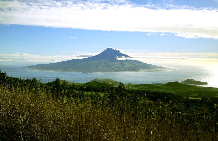 Остров Пику: как из базальтового ада сделали уютный Туссент Азорские острова, Путешествия, Пику, Остров, Длиннопост