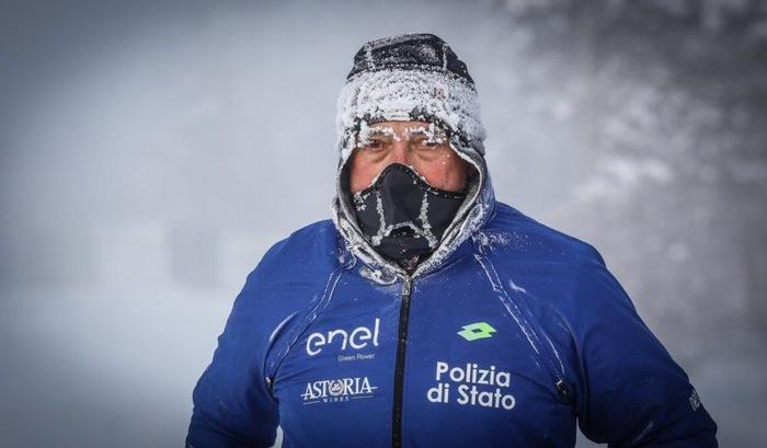 Полицейский из Италии рассказал, как бежал 40 км в Якутии при -52 Марафонец, Якутия, Легкий морозец и ясное солнце, Длиннопост