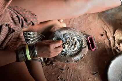 Африканец захотел выиграть в лотерею при помощи колдуна и лишился глаза Новости, Лотерея, Африка, Негр, Шаман, Глаза, Колдовство