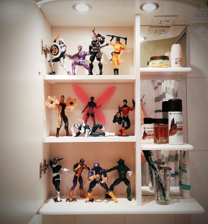 Шкафчик в ванной - лучшее место для хранения фигурок Коллекция, Фигурка, Marvel, Ванная