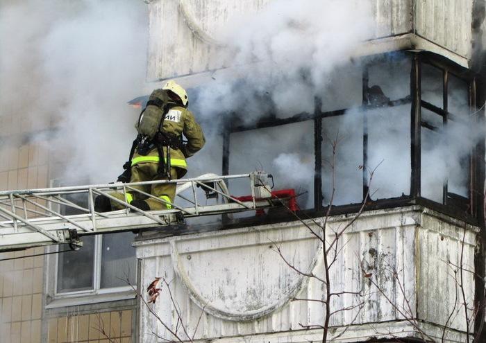Снаряжение для аварийного спуска из окна в случае пожара Пожар, Снаряжение, Интересное, Инструкция, Альпинизм, Промышленный альпинизм, Спасательное оборудование, Видео, Длиннопост