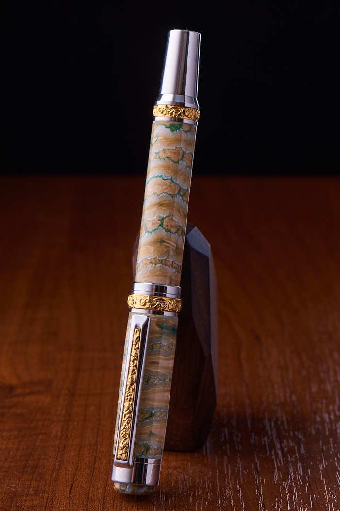 Самодельная шариковая ручка из зуба мамонта - подарок своими руками