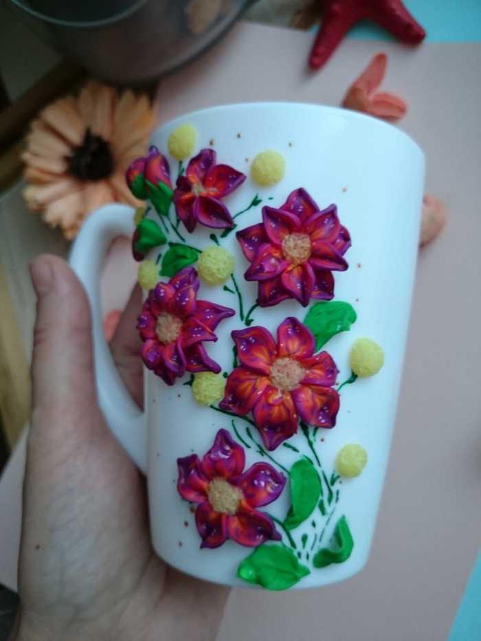 Цветочный декор на кружке Цветы, Декор на кружке, Полимерная глина, Кружка, Длиннопост, Рукоделие без процесса