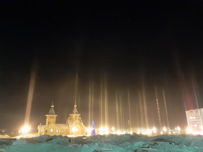 Световые столбы г. Воркута