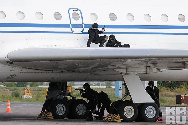 Штурм авиалайнера. Штурмовые группы, Террористы, Захват самолета, Действия, Пример, Длиннопост