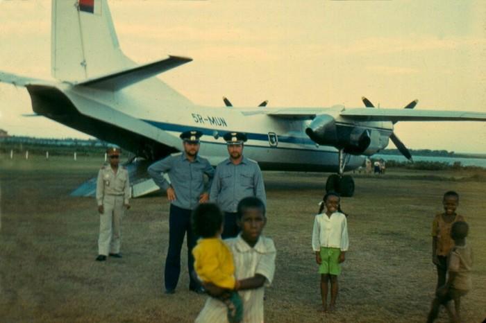 Пилоты Аэрофлота на Мадагаскаре, 80-е годы Аэрофлот, СССР, Мадагаскар, Историческое фото, Длиннопост