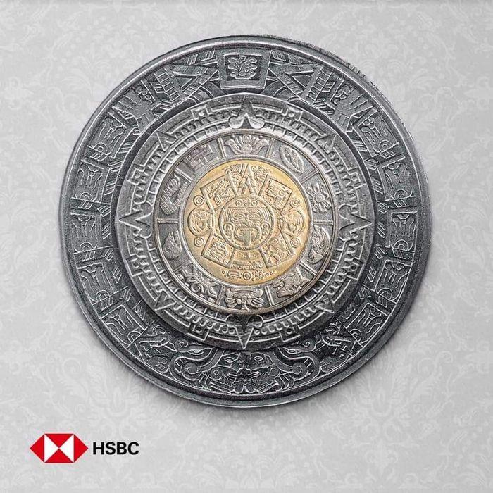 Если сложить монеты номиналом в 1, 2, 5 и 10 мексиканских песо, получится календарь Майя