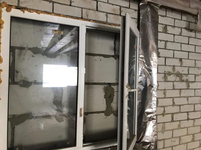 Отличный вид из окна Стена, Строительство, Жалоба, Соседи, Вид из окна