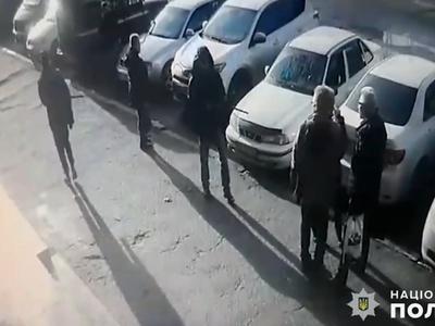 Должник расстрелял супругов возле здания суда в Николаеве Суд, Долг, Убийство
