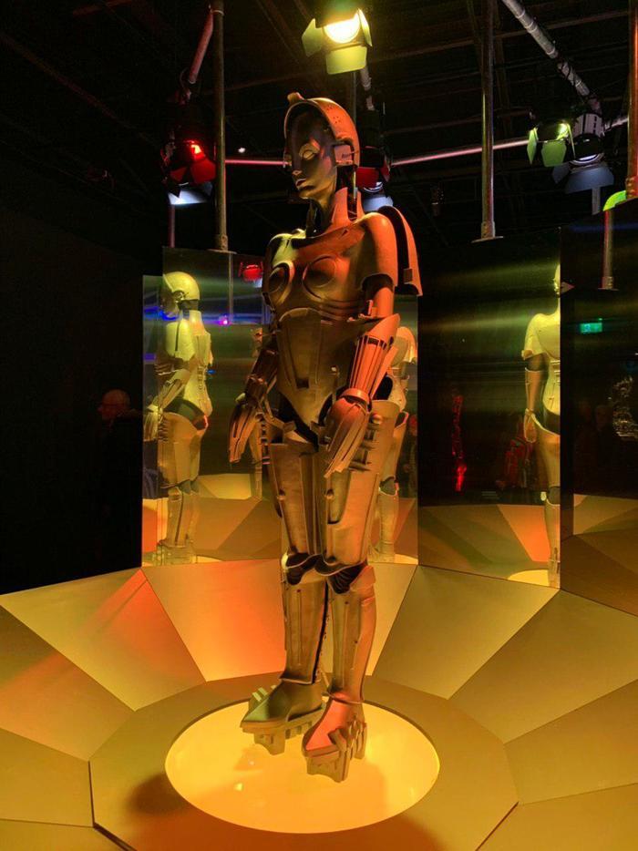 Робототехника - Ретроспектива Робот, Выставка, Шотландия, Робототехника, Длиннопост