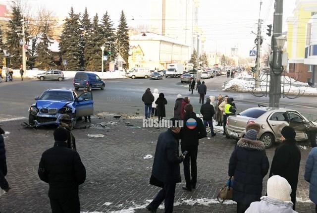 Не повезло пешеходам №2 ДТП, Саранск, Пешеход, Сбили, Тротуар, Не проскочил, Видео, Длиннопост