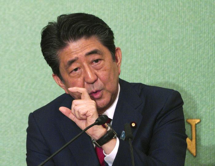 Японцы заявили о неспособности Абэ решить вопрос Курил Синдзо Абэ, Япония, Россия, Курильские острова, Политика, Соцопрос