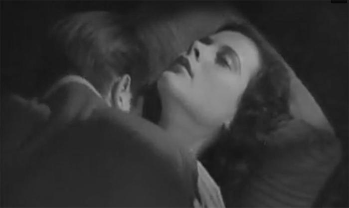 Порно фильм интернат анальное происшествие — photo 10