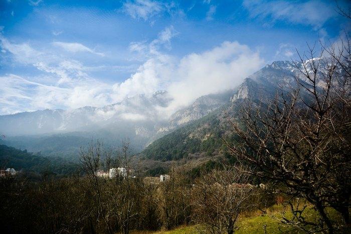 Окрестности Ялта зимой Крым, Ялта, Боткинская тропа, Длиннопост
