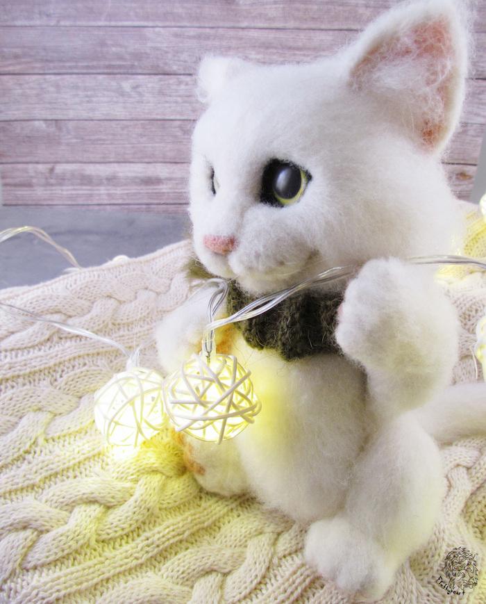 Белый и пушистый... Кот, Сухое валяние, Длиннопост, Рукоделие без процесса, Ручная работа, Творчество, Игрушка из шерсти
