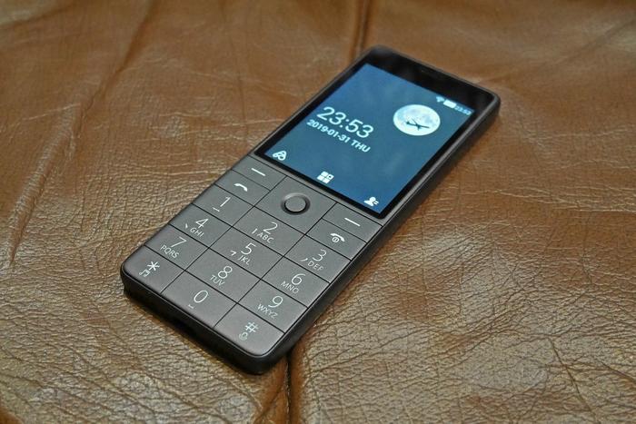 Что может получиться, если известный производитель смартфонов попробует сделать кнопочный телефон Китай, Китайские товары, Китайские смартфоны, Китайский телефон, Xiaomi, Длиннопост