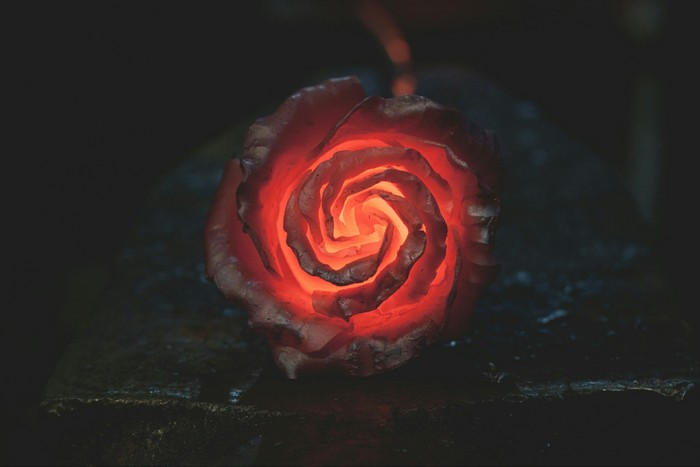 Огненная роза Роза, Огонь, Ковка металла