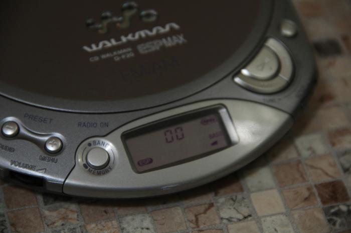 Между кассетами и mp3 | Sony CD Walkman D-F20 Sony walkman, Sony, Cd, Олдскул, Длиннопост
