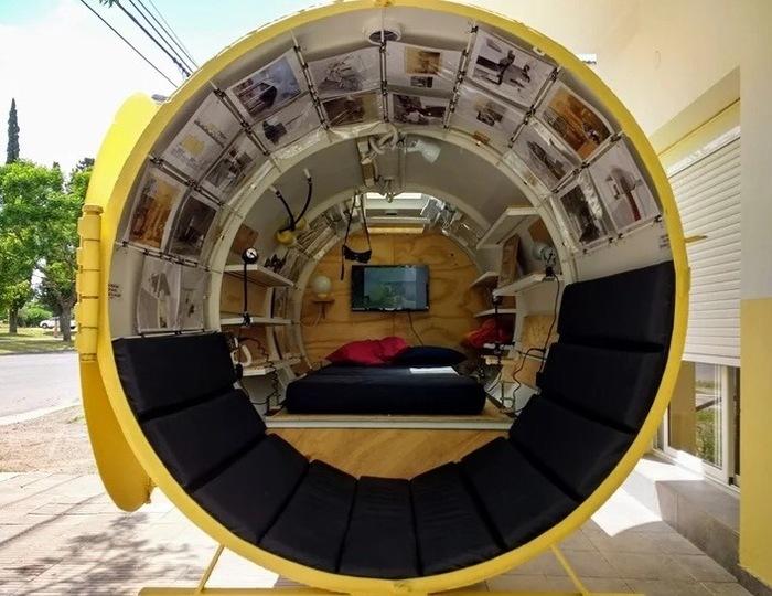 Спальня внутри бывшего газового бака. Инженер, Дом, Цистерна, Архитектура, Мастер, Длиннопост