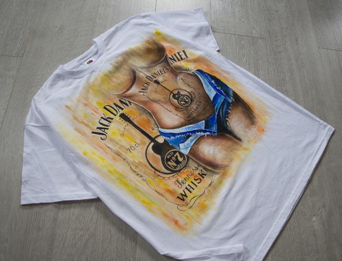 Ручная роспись, мужская футболка с фрагментом женского тела Футболка, Роспись по ткани, Мужская одежда, Лето