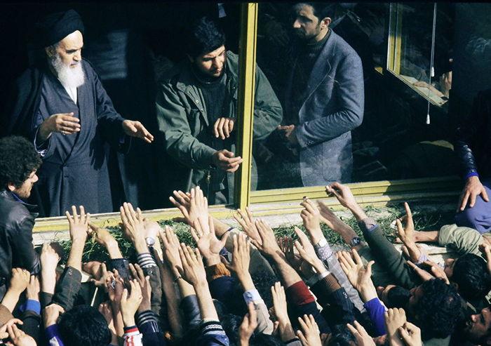 Врагам Аллаха — смерть,женщинам — хиджаб. Иран, Ислам, Пехлеви, Хомейни, Риа Новости, Длиннопост