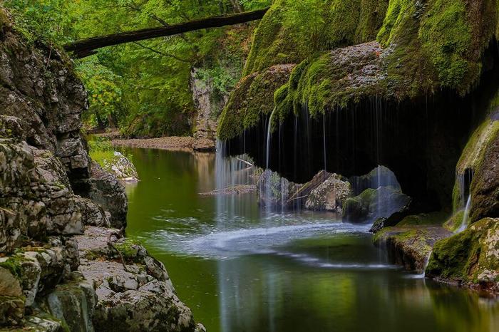Водопад Бигар. Румыния