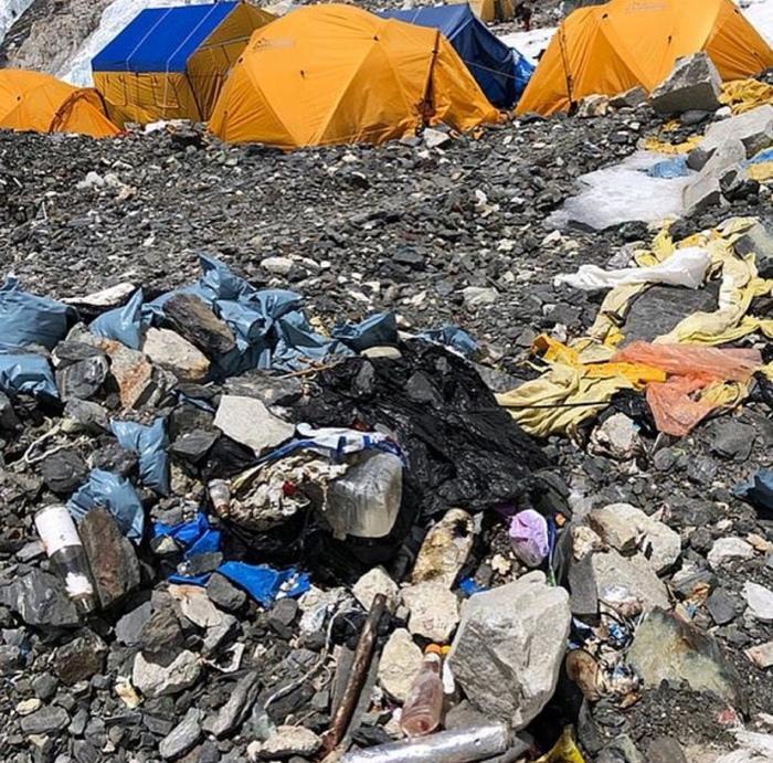 Доступ в базовый лагерь Эвереста ограничат из-за мусора Эверест, Мусор, Китай, Альпинизм, Тибет, The National Geographic, Видео, Длиннопост
