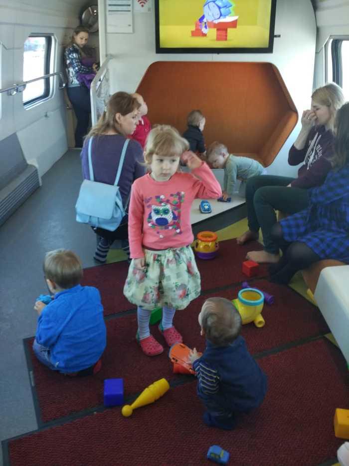 Детская зона для игр в поездах России РЖД, Поезд