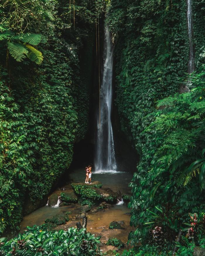 Водопад Leke Leke