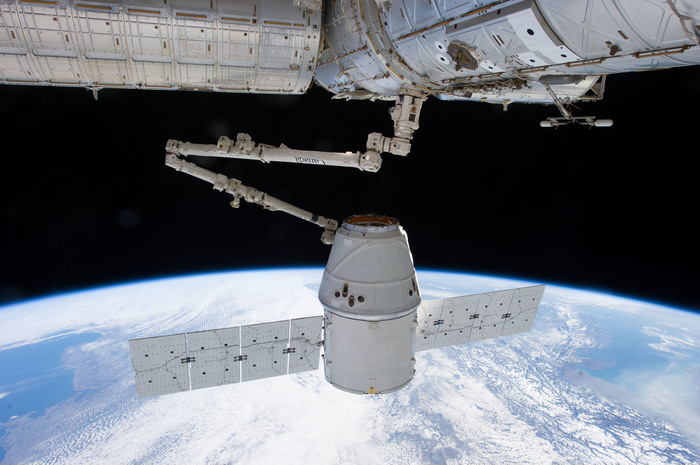 Первая стыковка Crew Dragon Falcon 9, NASA, МКС, Crew Dragon, Видео, Длиннопост