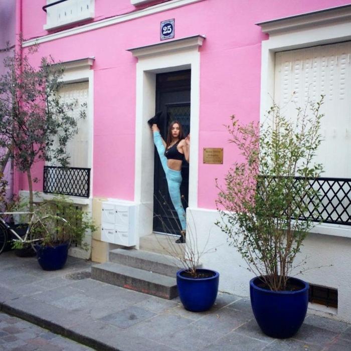 Жители Парижа потребовали огородить свою улицу, чтобы избавиться от пользователей Инстаграма Париж, Instagram, Туристы, Tjournal, Видео, Гифка, Длиннопост