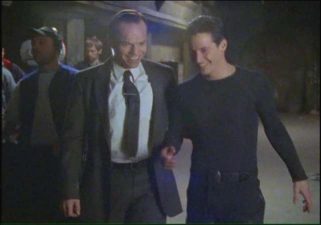 Оказывается Агент Смит умеет таки улыбаться Нео, Матрица, Агент Смит, Улыбка