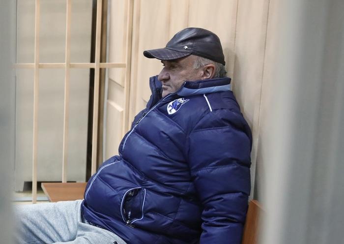 Раулю Арашукову предъявили обвинение в хищении газа и создании преступного сообщества Арашуковы Рауль и Рауф, Хищение, Газпром, Суд, Правосудие, Негатив