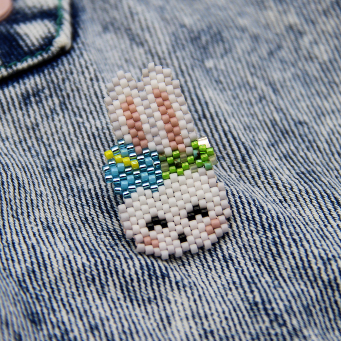Немного белых кролей Кролик, Заяц, Бисер, Брошь, Рукоделие без процесса, Белый кролик, Своими руками, Длиннопост