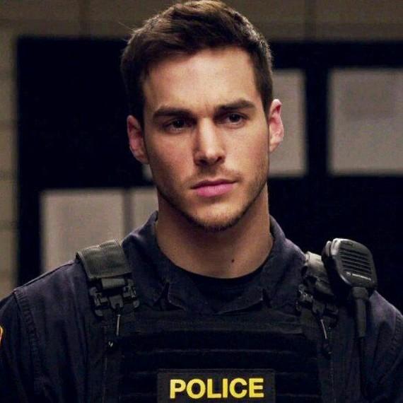 В полицейской форме Мужская красота, Полицейский, Полиция, Форма, Девушкам, Парни, Длиннопост