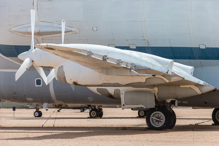 """Boeing-377SG (Aero Spacelines Super Guppy).""""Беременная гуппи"""" из НАСА. Американские самолеты, Транспортная авиация, Супер гуппи, Длиннопост"""