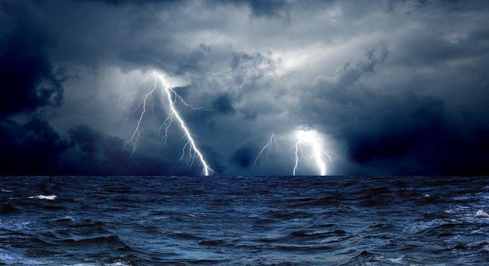 Тёмные молнии: антиматерия в небесах. Молния, Физика, Побединский, Scientaevulgaris, Наука, Антиматерия, Видео, Длиннопост